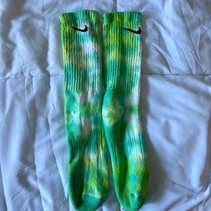 tye dye Nike crew sock